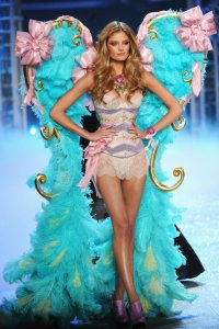 Victorias-Secret-Fashion-Show-2012