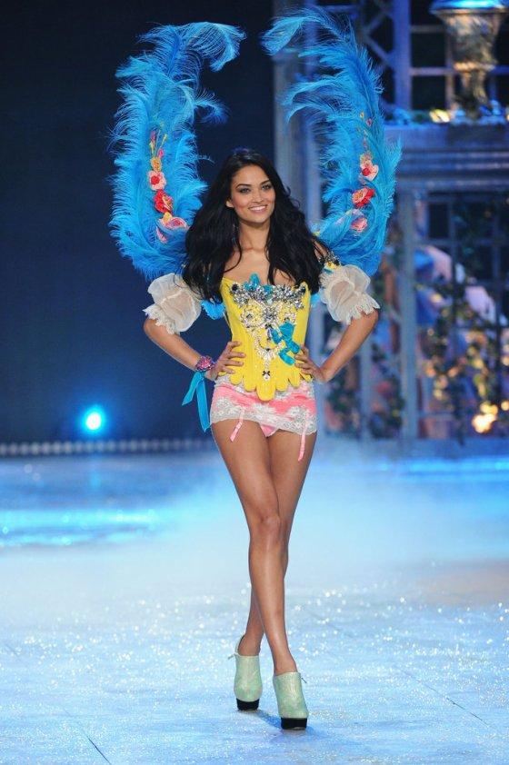 Victorias-Secret-Fashion-Show-2012