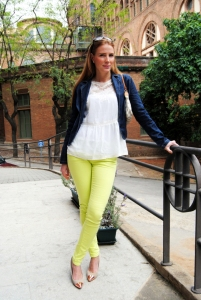 Neon Yellow jean Look
