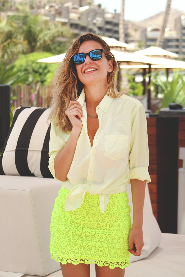 falda flúor amarilla