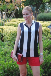 Stripes blouse and red short