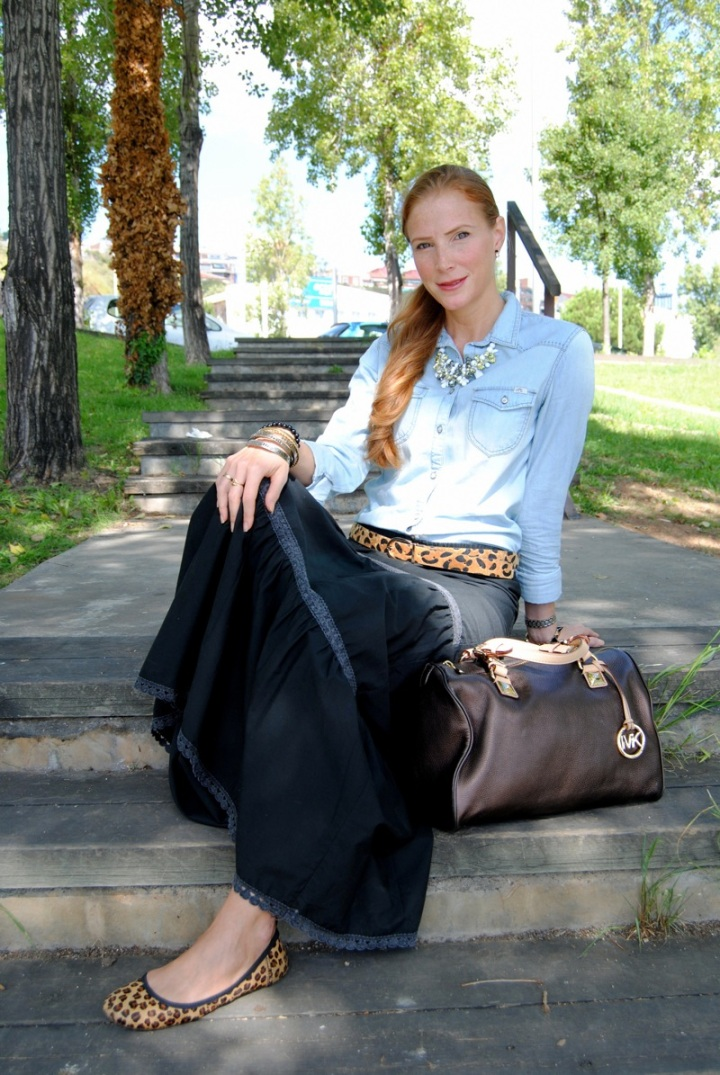 Maxi skirt and jean shirt