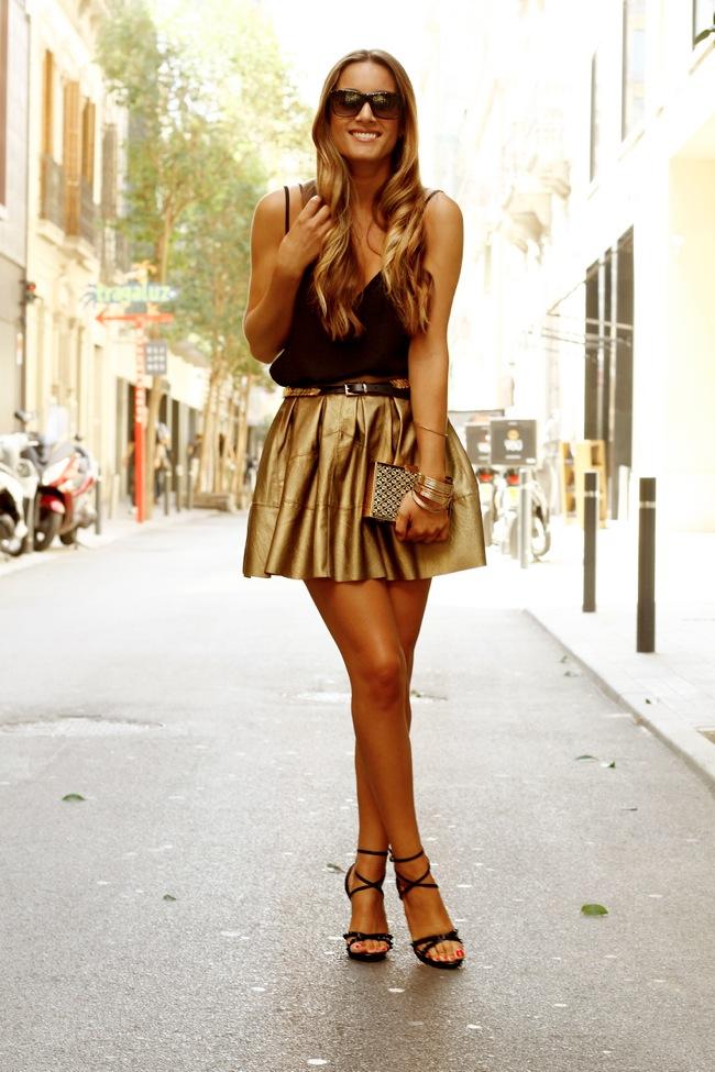 Falda mini dorada