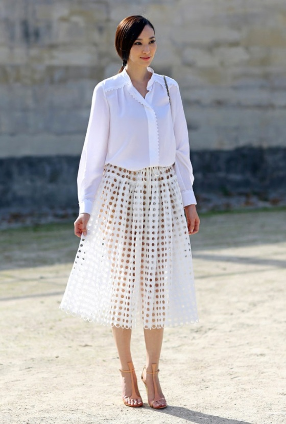 White midi skirt look