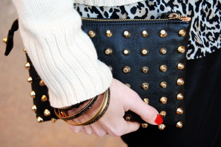 Zara spikes clutch
