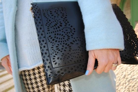 Oversize clutch