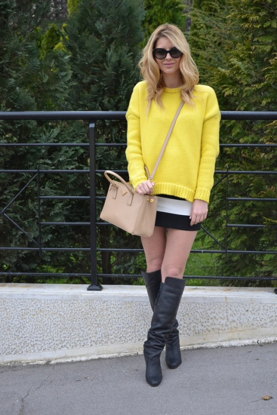 yellow and black and white look