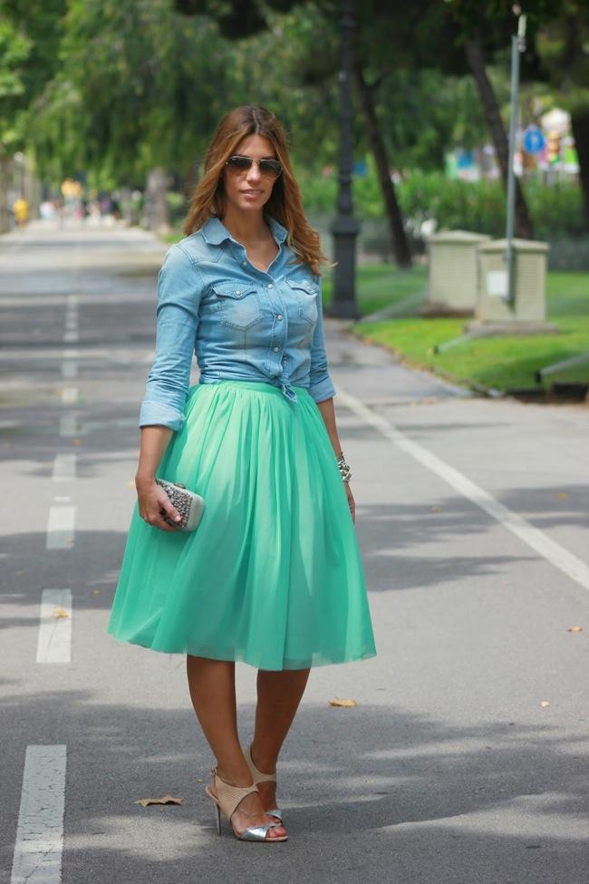 falda tutú y blusa denim