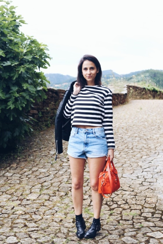 Look con shorts denim