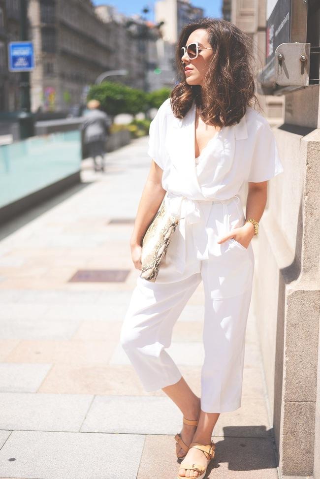 zara white jumper