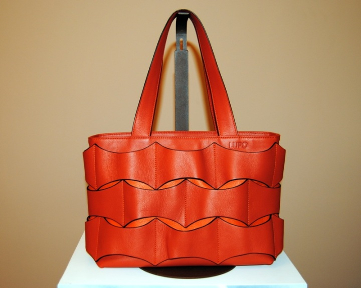 Red Lupo bag
