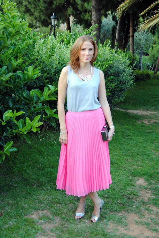 Look falda midi plisada