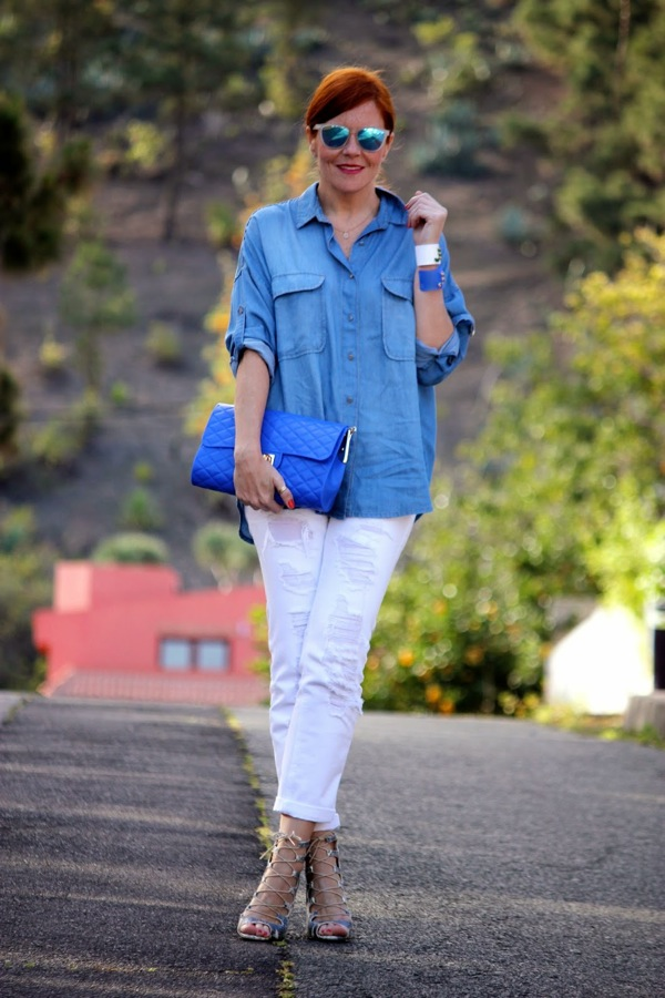 denim shirt and white jeans look
