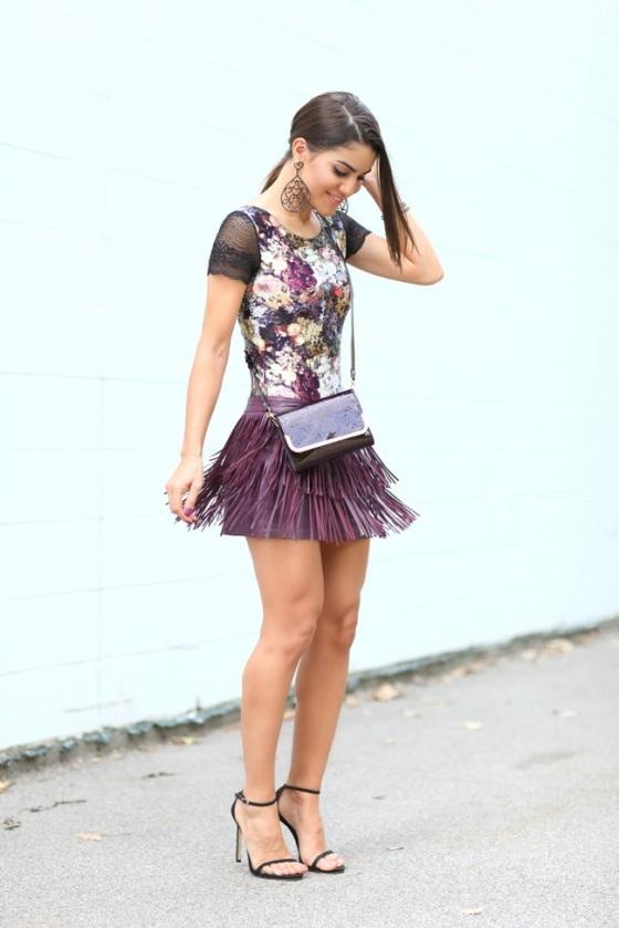 Falda mini de flecos