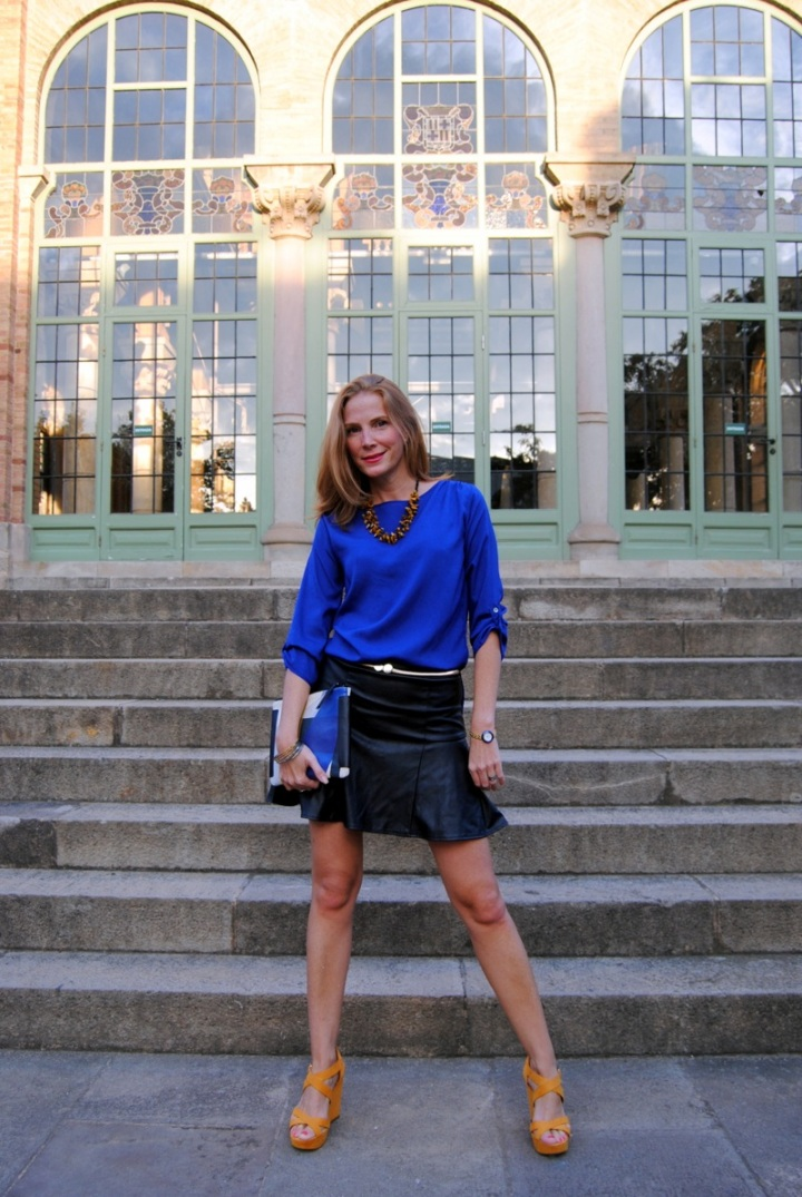 klein blue and black leather skirt look