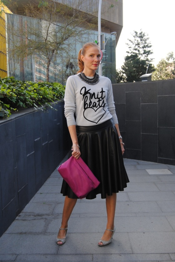 Black leather skirt look
