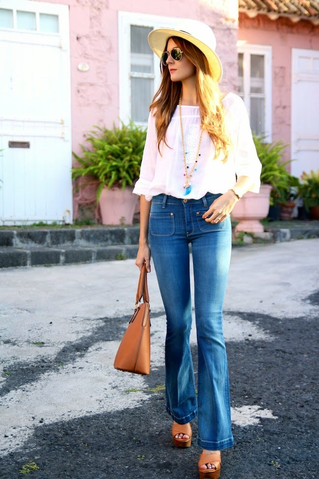 flared jeans look