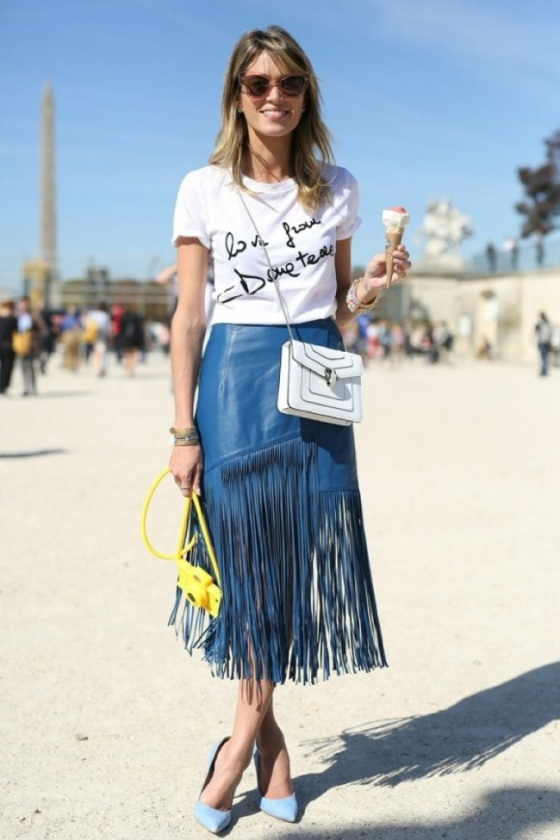 Fringes skirt look