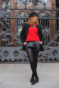 Black and red winter look