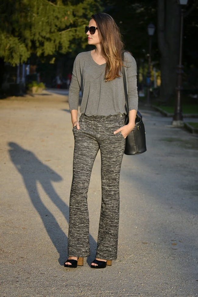 Grey look with knitted pants