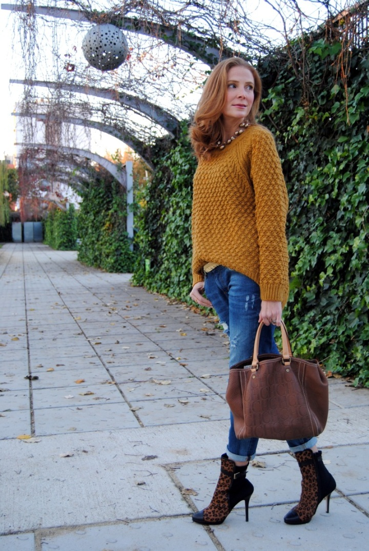 Leopard ankle boots look