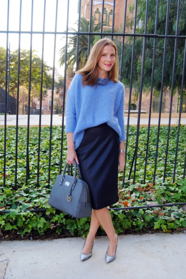 Pencil skirt look