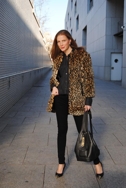 Leopard print coat look