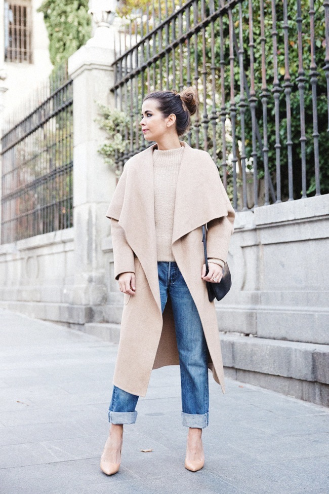 Collage Vintage with camel coat