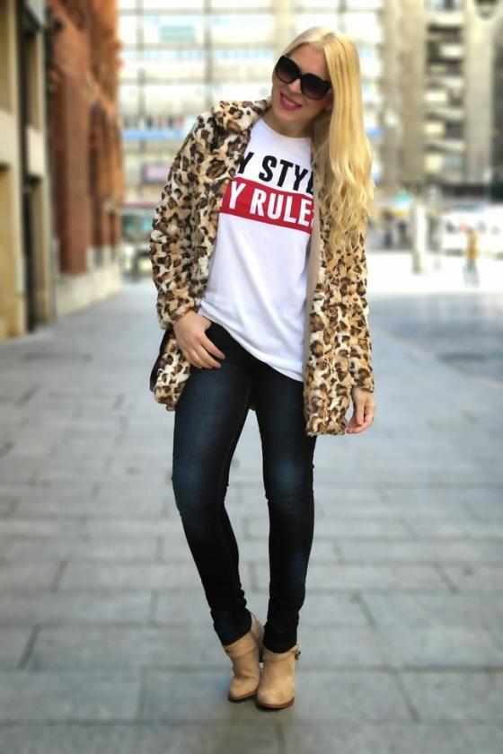 Abrigo de estampado leopardo