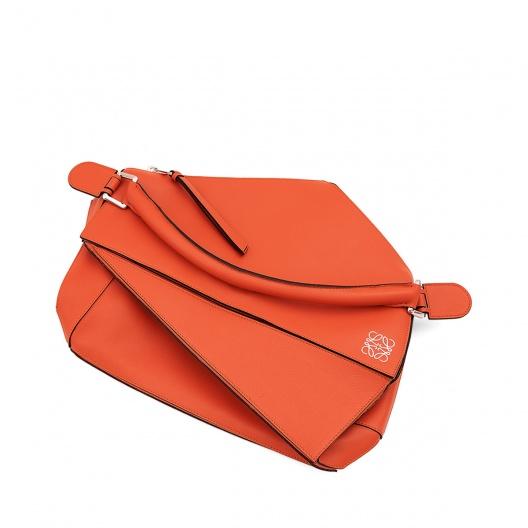 Loewe puzzle bag coral