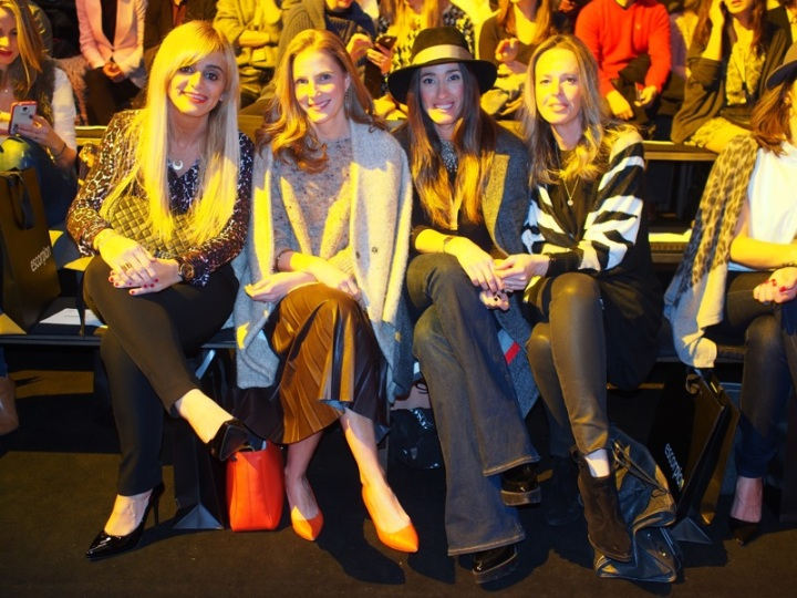 Front Row Escorpion 080 AlwaysBellaBCn, Colourvibes, Ana Crank, Estel