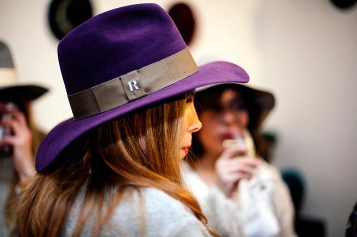 Colourvibes Raceu hat