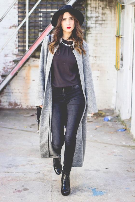 Maxi grey coat