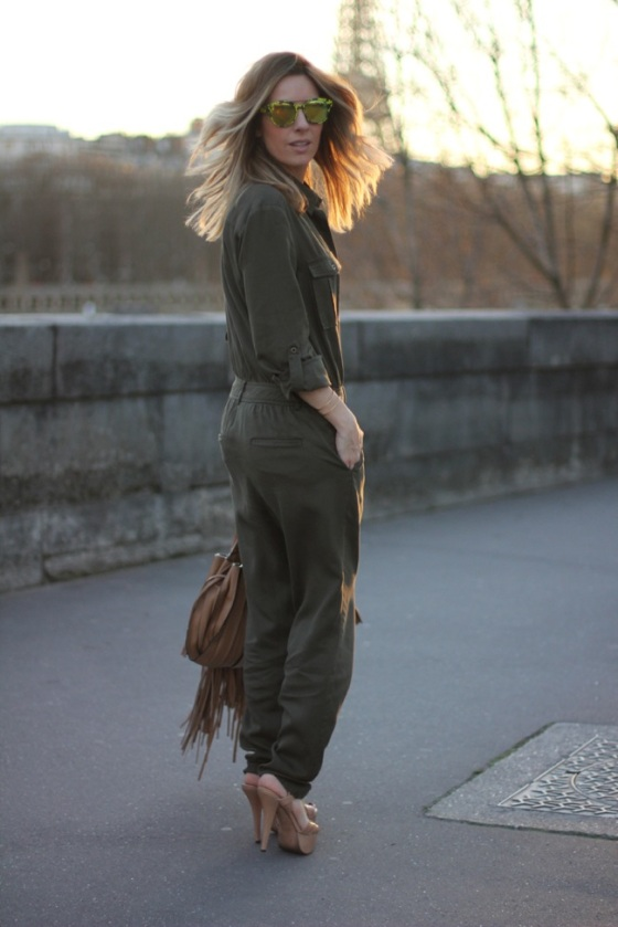 Khaki jumpsuit look