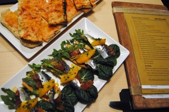 Tosta de Sardina Marinada con Reducción de Naranja