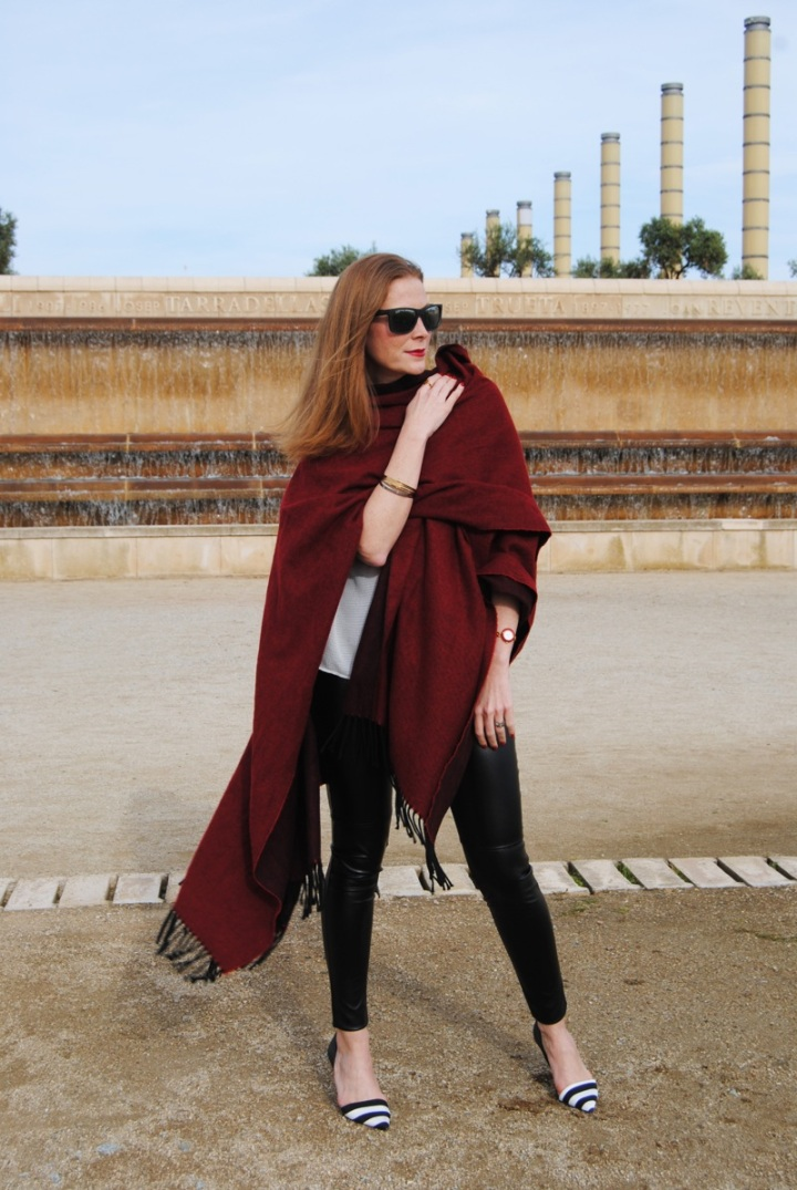 Poncho and leggings look