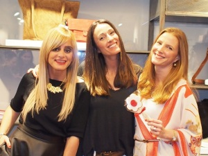 Always Bella, Ana Cranck and Colourvibes