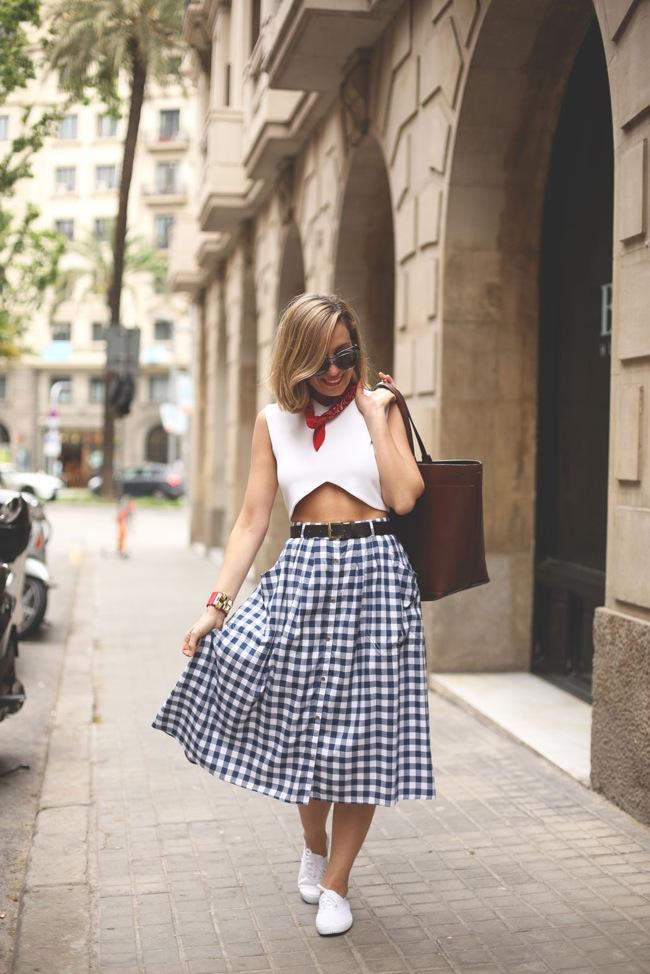 Gingham skirt look
