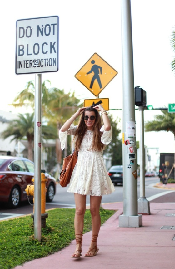 Boho mini dress look