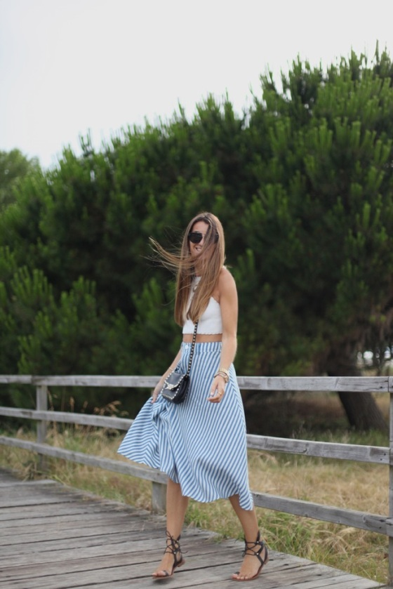 Midi striped skirt look