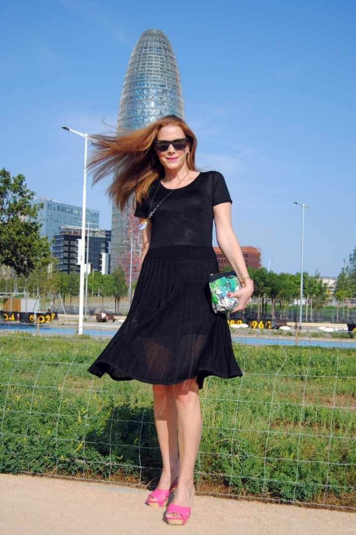 Escorpion black dress