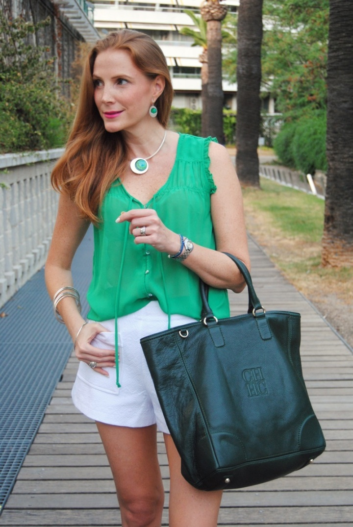 Look con shorts blanco Zara