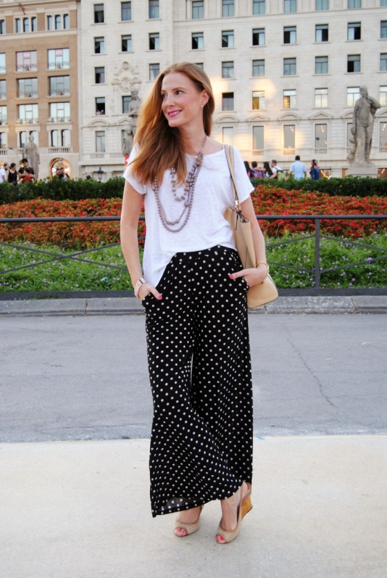 Polka dots bell bottom pants look