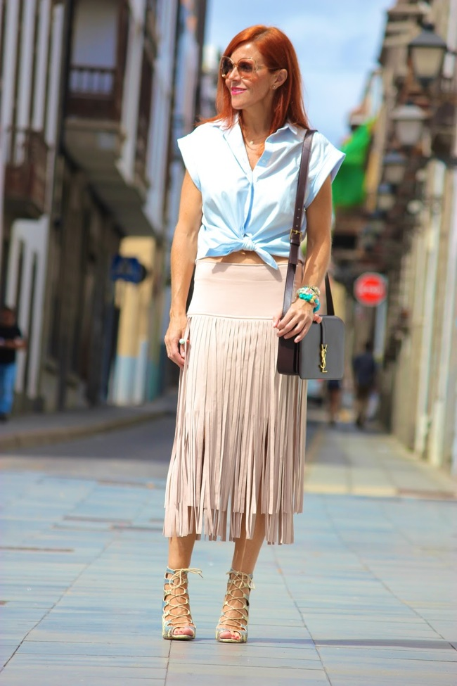 Fringed skirt look