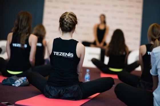 yoga at bcnmeetupmeliasky2