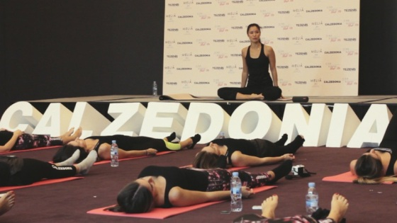 Xuan Lan Yoga class