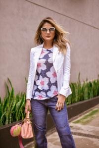 Thassia Naves bag charm
