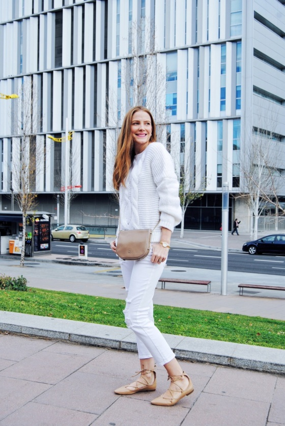look total en blanco