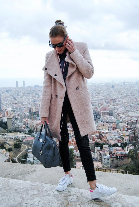 Pink coat look