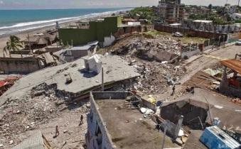 480-muertos--hasta-el-momento--tras-terremoto-en-ecuador-20160419050117-1ff0eaae78087b23279eb7bcd21e16bb